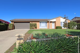 15 Stockton Place, Estella, NSW 2650
