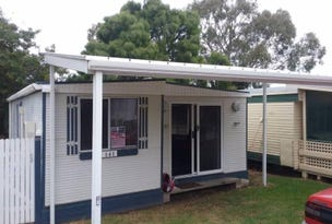 * Bay Road, Victor Harbor, SA 5211