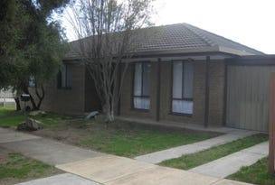 3 Wiltshire Drive, White Hills, Vic 3550