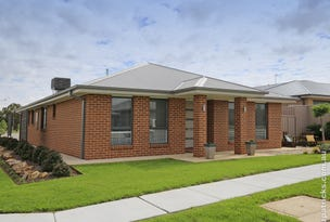 2 Flack Crescent, Boorooma, NSW 2650