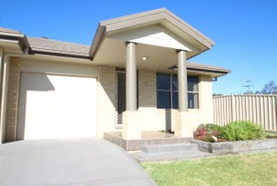 2/135 McMahon Way, Singleton, NSW 2330