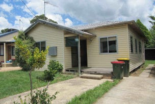 28 Kurrajong Street, Captains Flat, NSW 2623