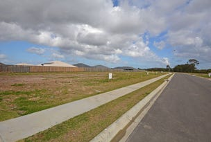 Lot 124 Imperial Circuit, Eli Waters, Qld 4655