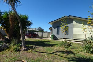 2 Lockyer Crescent, Roma, Qld 4455