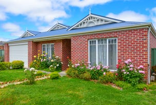 9 Platypus Drive, Mount Clear, Vic 3350