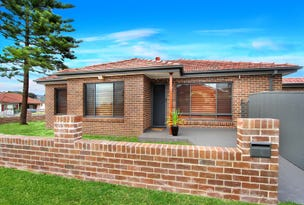 73 Weringa Avenue, Lake Heights, NSW 2502