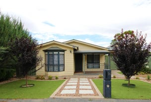 36 West Terrace, Clare, SA 5453
