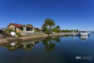 136 Griffith Rd, Newport, Qld 4020