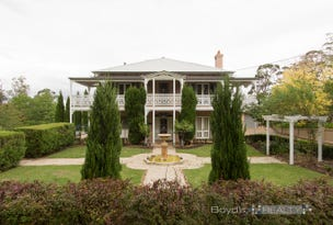 195 Singles Ridge Road, Yellow Rock, NSW 2777