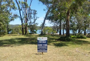 12 Browning St, Russell Island, Qld 4184