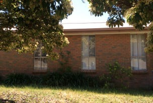 98 Hennessy, Tocumwal, NSW 2714