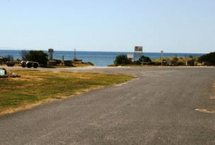 11 Beach Road, Pine Point, SA 5571