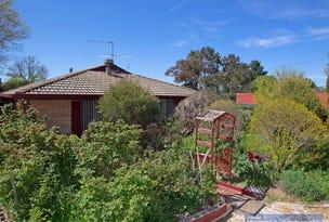 3 Kenalmac Avenue, Armidale, NSW 2350