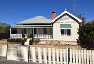 79 Miles Street, Tenterfield, NSW 2372