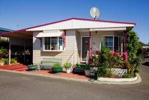 Parkhome 33 Waterloo Village Caravan Park, Picton, WA 6229