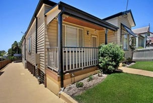 Waratah, address available on request