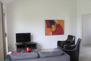 9/1 Michel Place, Telina, Qld 4680