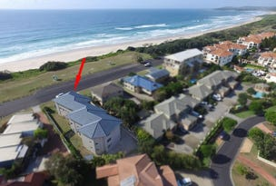 1/12 Pacific Parade, Yamba, NSW 2464