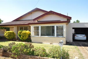 2 Queen St, Forbes, NSW 2871