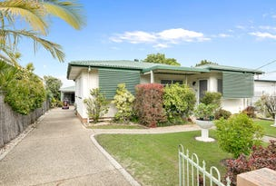 13 Collins Street, Woody Point, Qld 4019