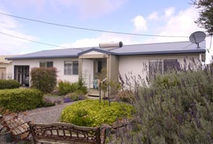 10 Currie Road, Grassy, Tas 7256