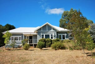 Mount Egerton, address available on request