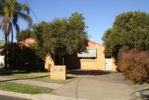 North Tamworth, address available on request