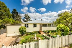 2 Short St, Crows Nest, Qld 4355