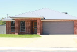 98 Read Street, Howlong, NSW 2643