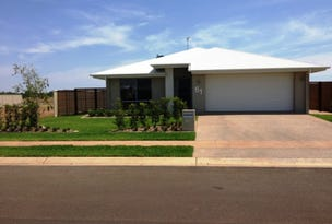 61 Canterbury Road, Emerald, Qld 4720