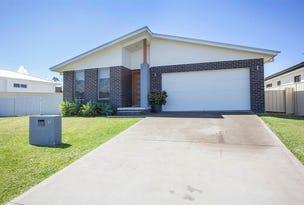 17 Shantull Drive, Wallabi Point, NSW 2430