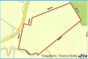 11 Gillies Range Road St, Yungaburra, Qld 4884