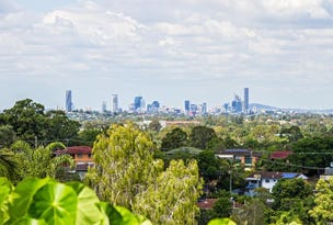 1090 South Pine Road, Everton Hills, Qld 4053