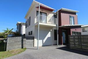 2/45 Beach Street, Harrington, NSW 2427