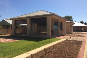 1/4 Cathedral Avenue, Australind, WA 6233