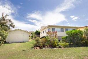 3 Waratah Crescent, Minnie Water, NSW 2462