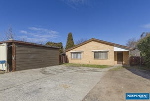 4 Warby Place, Charnwood, ACT 2615