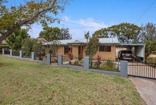 54 Lotus Crescent, Centenary Heights, Qld 4350