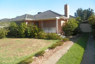 32 Ash Grove, Keilor East, Vic 3033
