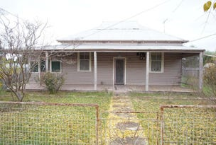 35 Menangle Street, Ganmain, NSW 2702