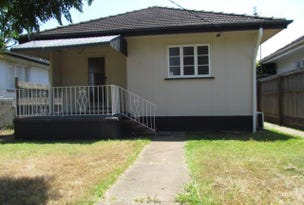 8 Fifth Ave, Scarborough, Qld 4020