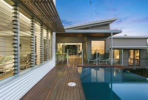 8 Compass Place, Sunrise Beach, Qld 4567