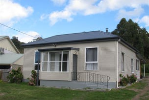 11 Flinders Street, Beauty Point, Tas 7270