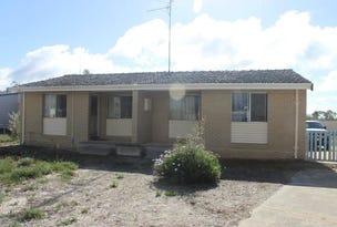 4 Lambert Crescent, Calingiri, WA 6569