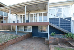 19 Pacific Parade, Old Bar, NSW 2430