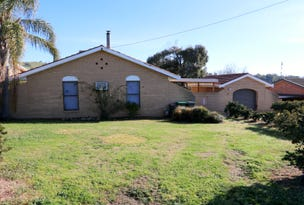 130 West Street, Gundagai, NSW 2722
