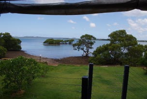 38 Coorong, Macleay Island, Qld 4184