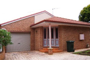 2/3 Kooba Street, Griffith, NSW 2680
