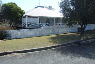 18 Sharp Street, Crows Nest, Qld 4355