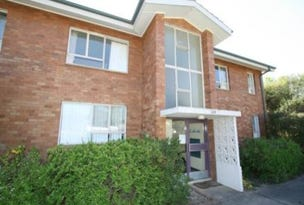 1/114 Blamey Crescent, Campbell, ACT 2612